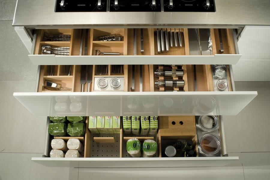 Rangement tiroirs cuisine rangement couverts cuisine for Rangement couverts tiroir cuisine